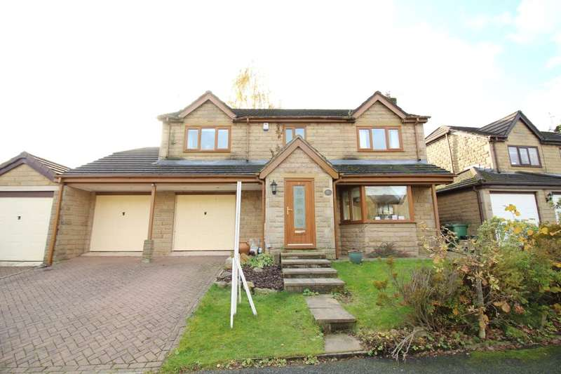 5 Bedrooms Detached House for sale in Sleaford Close, Bury, BL8