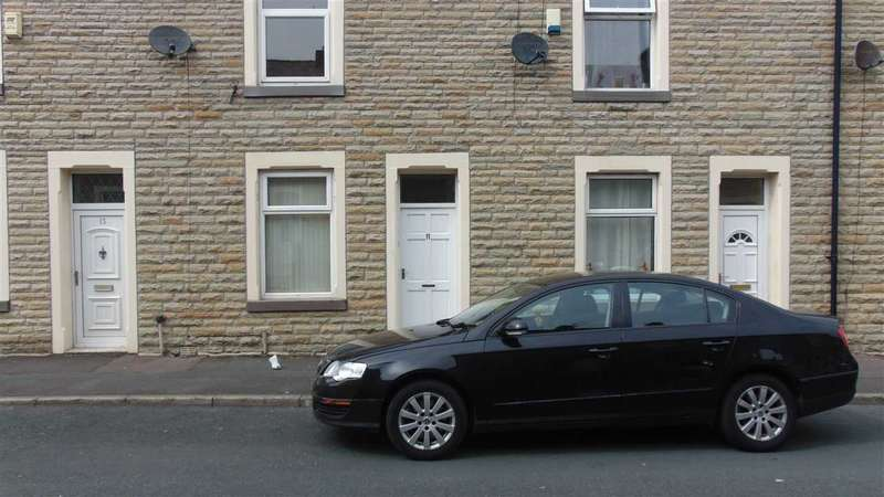 2 Bedrooms Terraced House for sale in Prince Street, Burnley