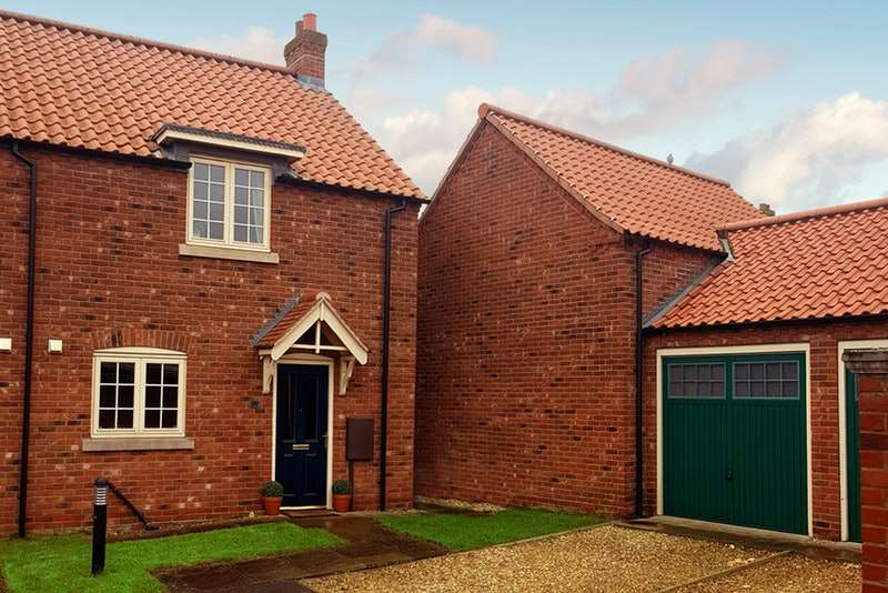 2 Bedrooms Semi Detached House for sale in Townhill Lane, Woodhall Spa, Lincolnshire, LN10