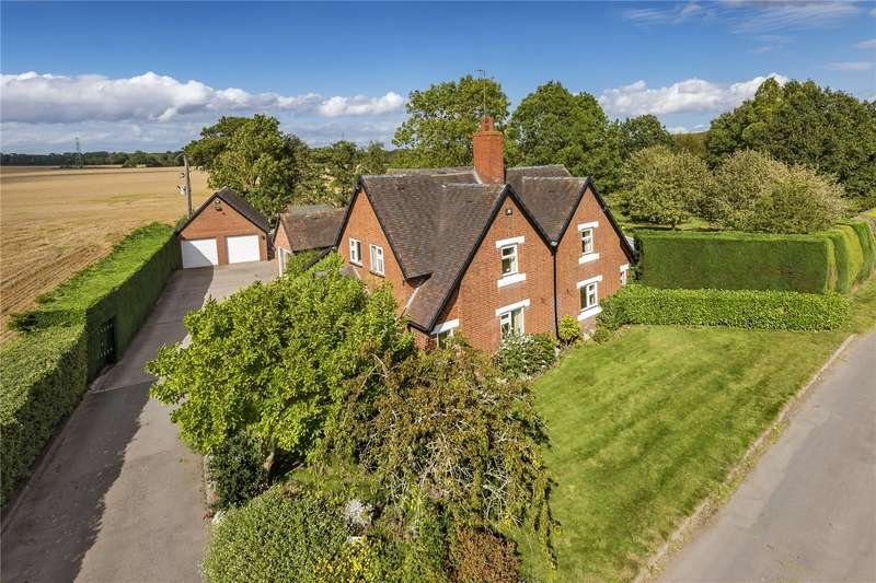 5 Bedrooms Detached House for sale in Pasford House, Chesterton Road, Pattingham, Wolverhampton, Staffordshire, WV6