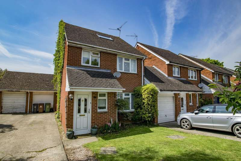 4 Bedrooms Link Detached House for sale in Bensgrove Close, Woodcote, Reading, RG8