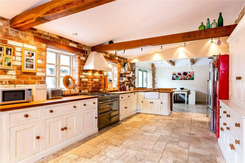 4 Bedrooms Detached House for sale in Chesterton, Bicester, Oxfordshire, OX26