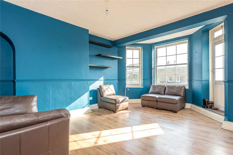 2 Bedrooms Flat for sale in Birkenhead House, Liverpool Road