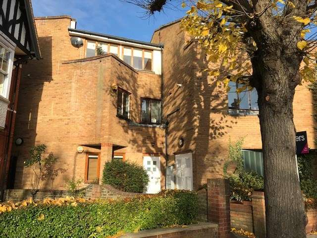 2 Bedrooms Flat for sale in Northcote Avenue, London, W5