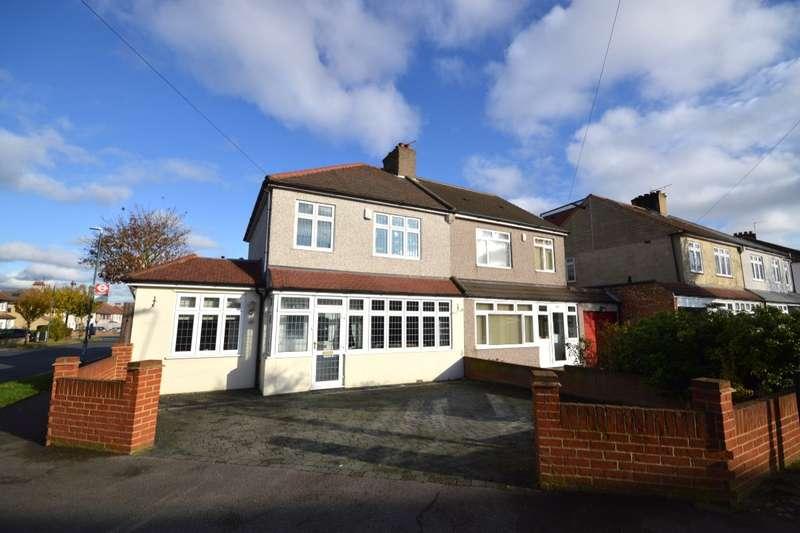 4 Bedrooms Semi Detached House for sale in Winchelsea Avenue, The Pantiles, Bexleyheath, Kent, DA7