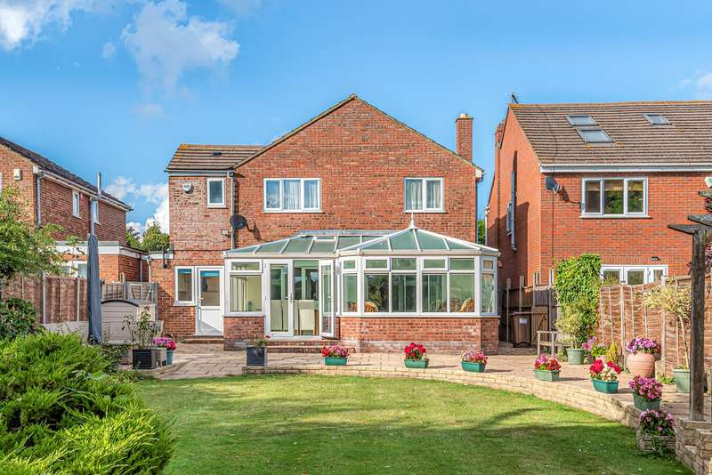 4 Bedrooms Detached House for sale in Holwell Road, Holwell, Hitchin, SG5