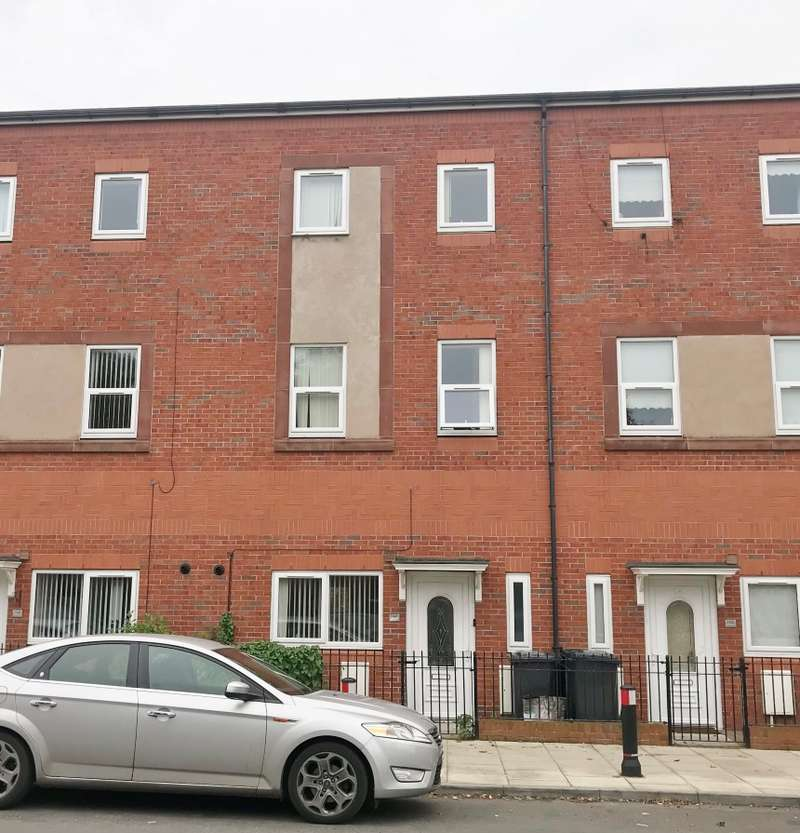 5 Bedrooms Terraced House for sale in Seaforth Road, Liverpool, Merseyside, L21 3TY