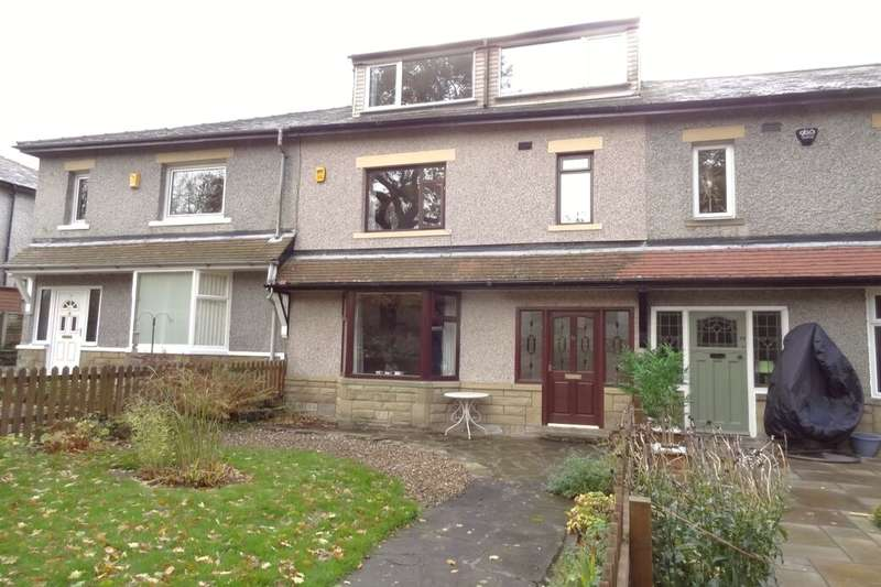 3 Bedrooms Terraced House for sale in Priestfield Avenue, Colne, BB8