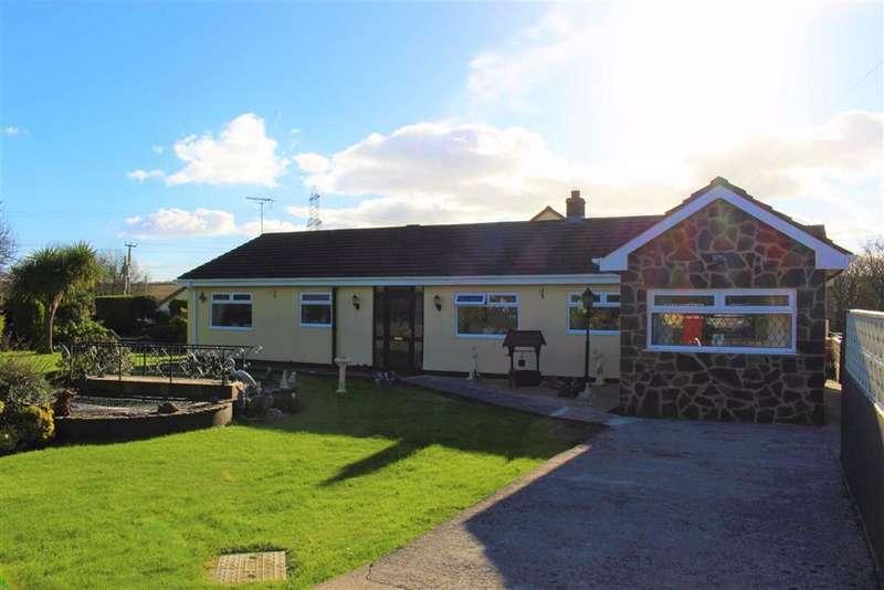 3 Bedrooms Detached Bungalow for sale in Lower Lamphey Road, Merlins Cross, Pembroke