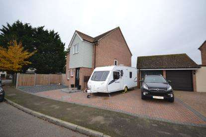 4 Bedrooms Detached House for sale in Southminster, Essex, .