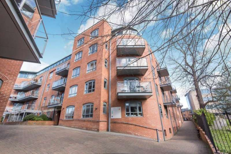 3 Bedrooms Apartment Flat for sale in Furnace House, Waterfront