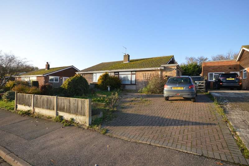 3 Bedrooms Semi Detached House for sale in Meadow Road, Sturry, Canterbury, Kent, CT2