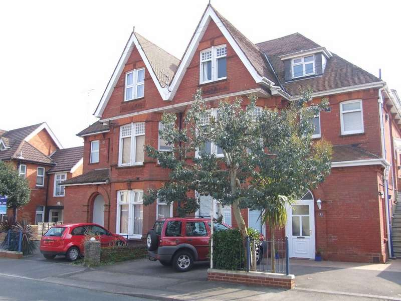 2 Bedrooms Apartment Flat for rent in Lower Parkstone, Poole BH14