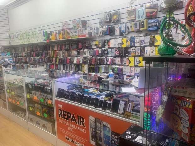 Shop Commercial for sale in London Road , London, SW16