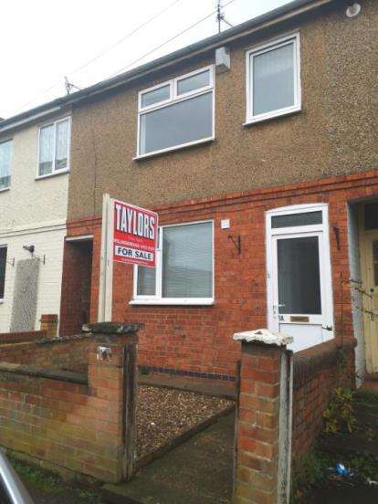 3 Bedrooms Terraced House for sale in Upper Queen Street, Rushden, Northamptonshire