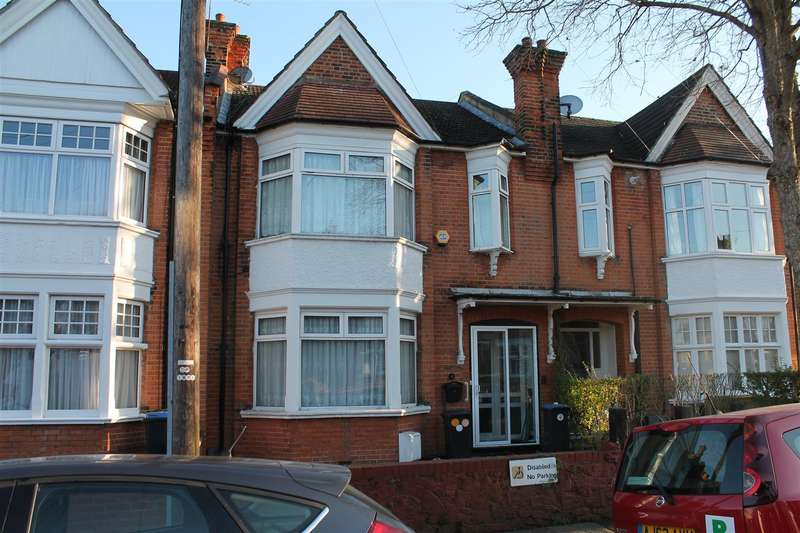 3 Bedrooms Terraced House for sale in New River Crescent, London N13