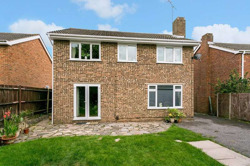 4 Bedrooms Detached House for sale in Cranbrook Drive estate, Nr Pinkneys Green, Maidenhead, Berkshire