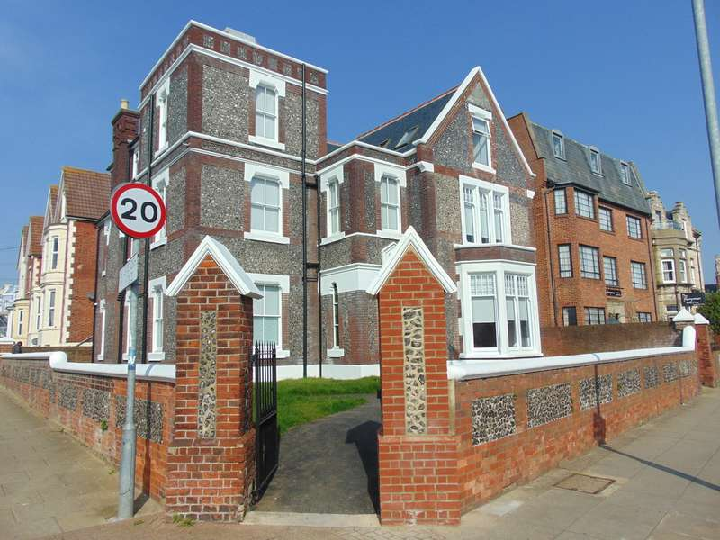 Property for rent in Cavendish House, Southsea PO5