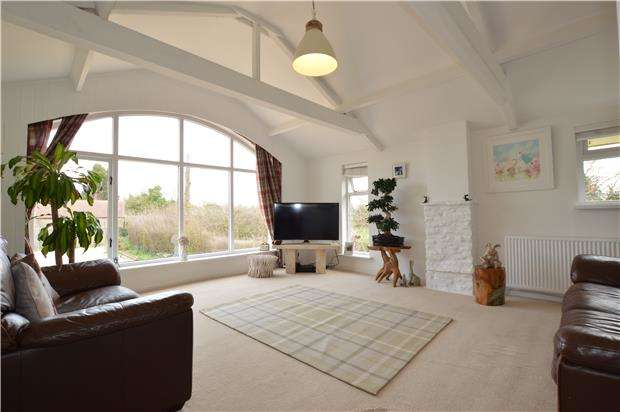 6 Bedrooms Cottage House for sale in Shale Cottage, Wotton Road, Iron Acton, Bristol, BS37 9XE