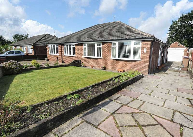 2 Bedrooms Bungalow for sale in 6 Carlisle Drive, Irlam M44 6LG