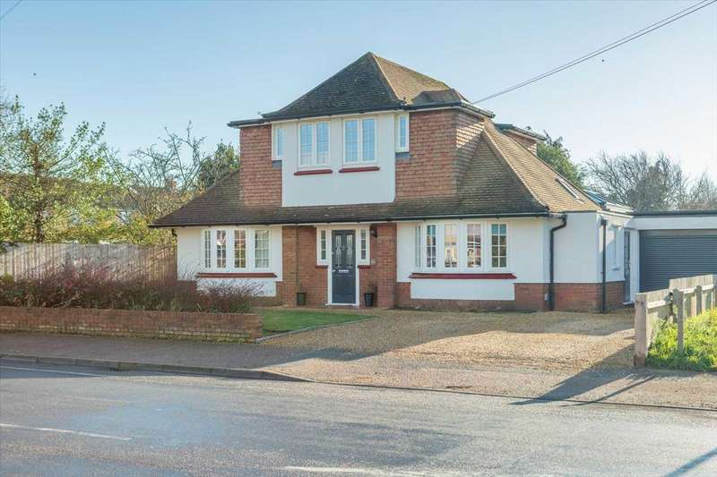 4 Bedrooms Detached House for sale in High Road East, Felixstowe