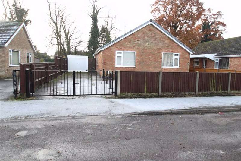 2 Bedrooms Detached Bungalow for sale in Coningsby Close, Boston