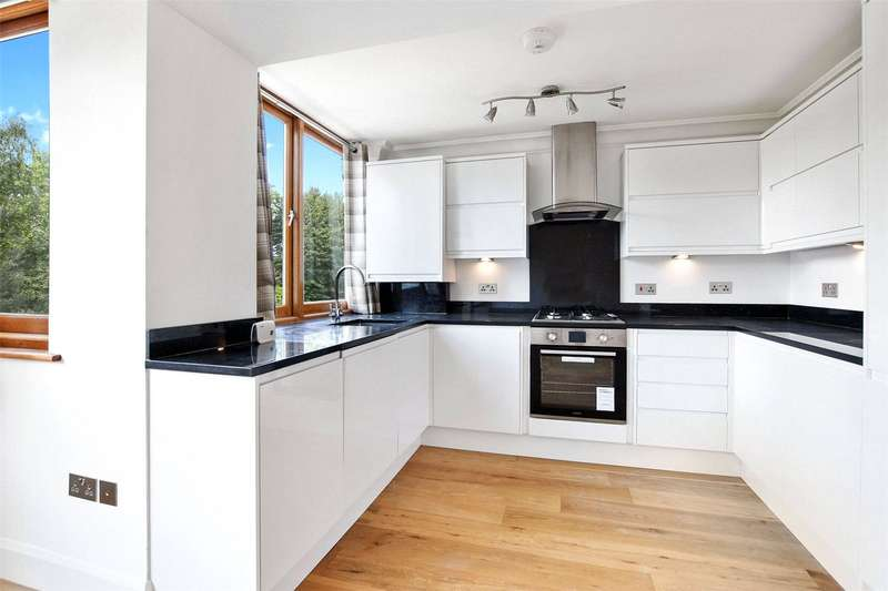 1 Bedroom Flat for sale in Crescent Road, Crouch End, London, N8