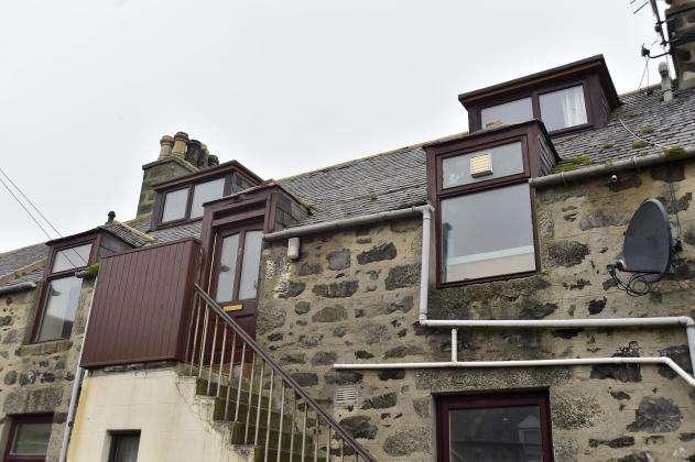 4 Bedrooms Flat for sale in Charlotte Street, Fraserburgh, AB43
