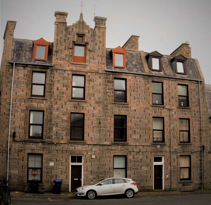1 Bedroom Flat for sale in Kirk Brae, Fraserburgh, AB43
