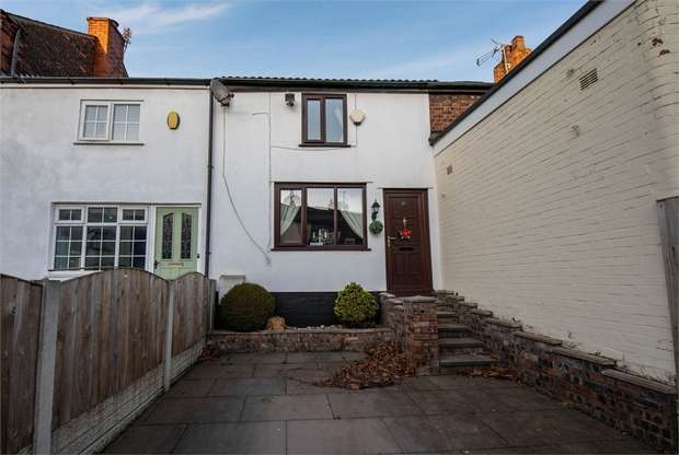2 Bedrooms Terraced House for sale in Leigh Road, Worsley, Manchester