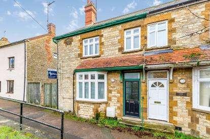 4 Bedrooms Semi Detached House for sale in Bridge Street, Brackley, Northamptonshire