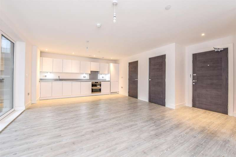 3 Bedrooms Apartment Flat for sale in Swan Street, Old Isleworth