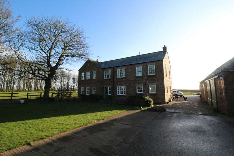6 Bedrooms Detached House for sale in North Burton Lane, Reighton, Filey, North Yorkshire, YO14