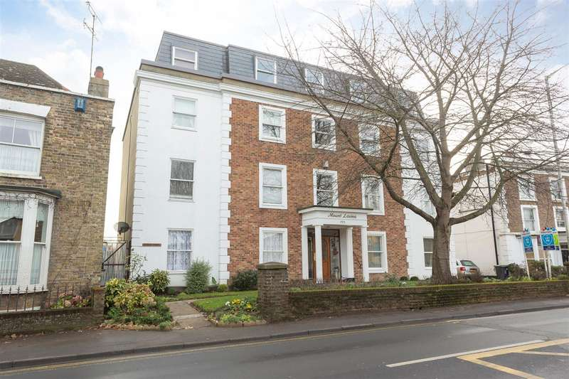 2 Bedrooms Flat for sale in Canterbury Road, Birchington