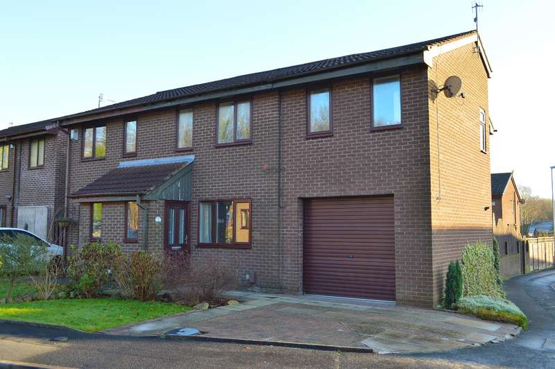 3 Bedrooms Semi Detached House for sale in Stockton Park, Lees, Oldham, OL4 3BG