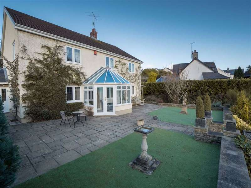 4 Bedrooms Detached House for sale in LLECHRYD, Ceredigion