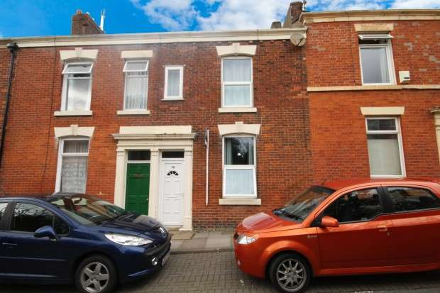 4 Bedrooms Terraced House for sale in Christ Church Street, Preston, PR1
