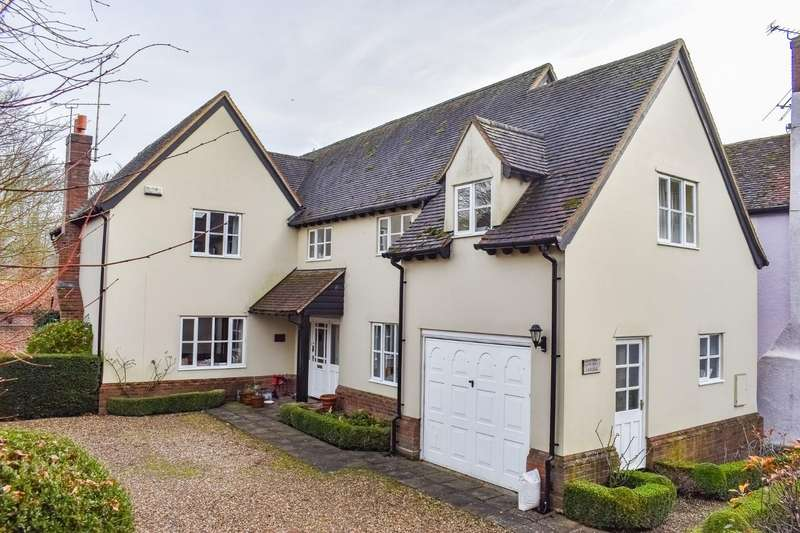 4 Bedrooms Detached House for sale in Dunmow, Essex