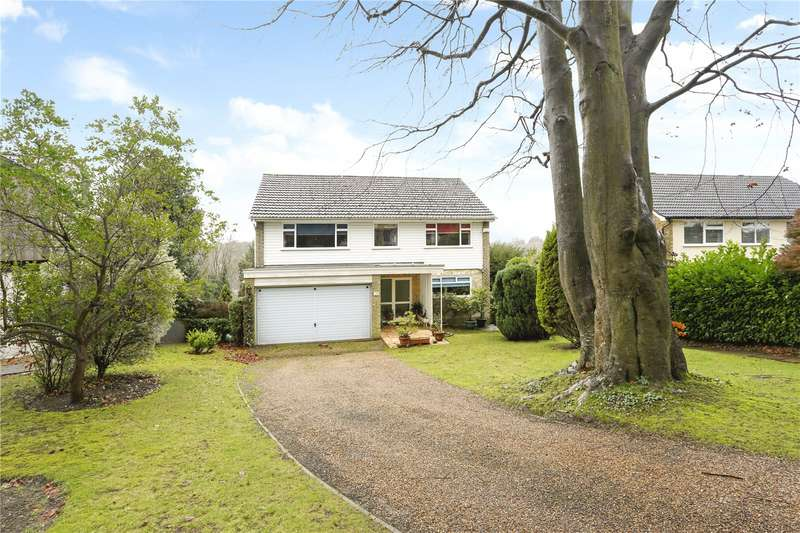 4 Bedrooms Detached House for sale in Harestone Hill, Caterham, Surrey, CR3