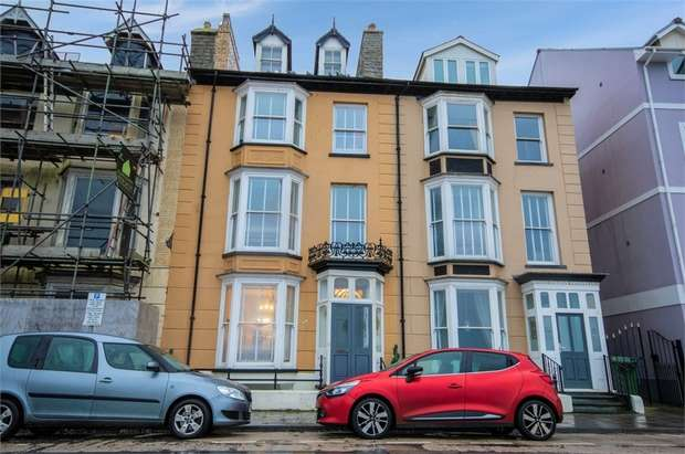 5 Bedrooms Terraced House for sale in Marine Terrace, Aberystwyth, Ceredigion