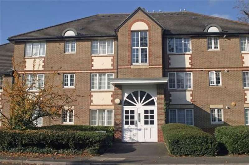 2 Bedrooms Flat for sale in Cunard Crescent, N21