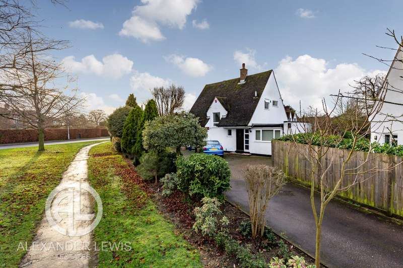 3 Bedrooms Detached House for sale in Croft Lane, Letchworth Garden City, SG6 1AP