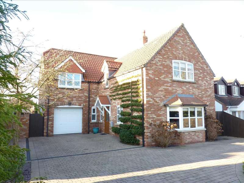 3 Bedrooms Detached House for sale in PEAKS LANE, NEW WALTHAM, NEAR GRIMSBY
