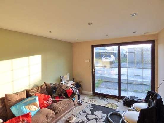 3 Bedrooms Semi Detached House for sale in Lindow Street, Frizington, Cumbria, CA26 3PU