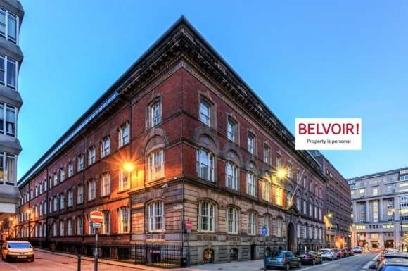 3 Bedrooms Flat for rent in Old Hall Street, City Centre, Liverpool, L3