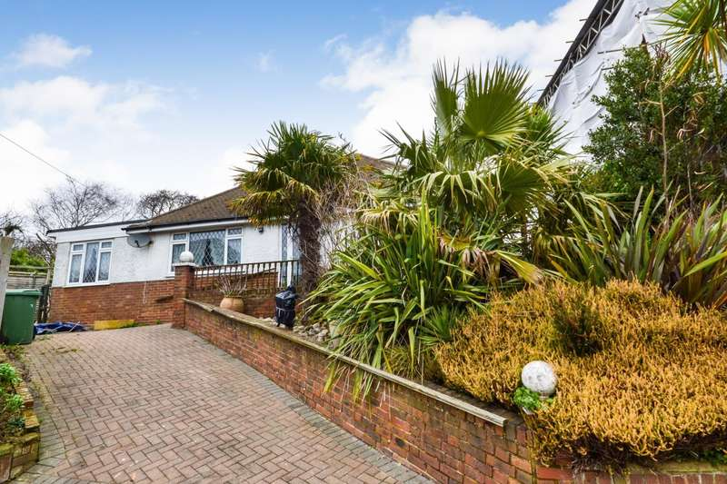 2 Bedrooms Detached Bungalow for sale in Glyne Barn Close, Bexhill-On-Sea, TN40