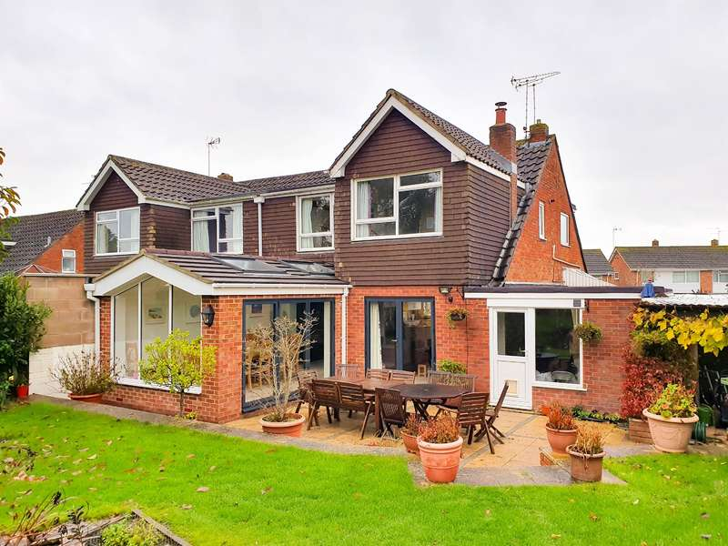 4 Bedrooms Semi Detached House for sale in Manor Lane, Charfield, Wotton-under-Edge, GL12 8TN