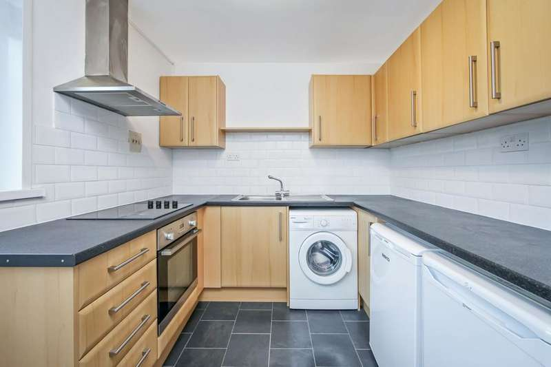 2 Bedrooms Flat for sale in Bromley High Street, London E3