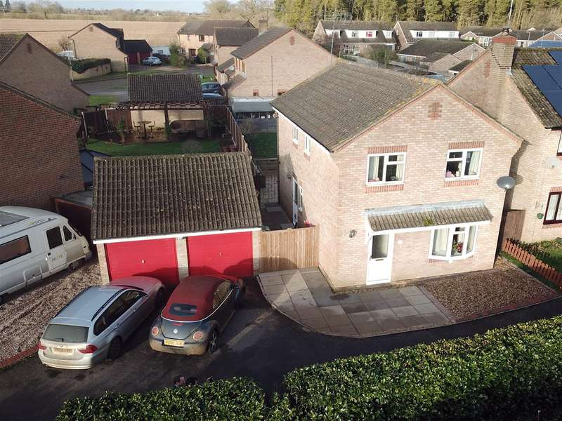 4 Bedrooms Detached House for sale in Membris Way, Woodford Halse, Daventry