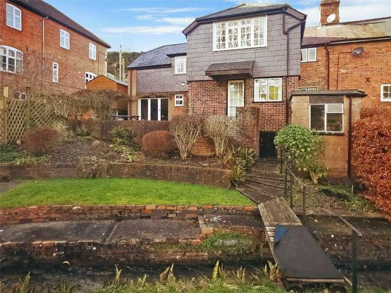 3 Bedrooms Semi Detached House for sale in Stradbrook, Bratton, Wiltshire, BA13
